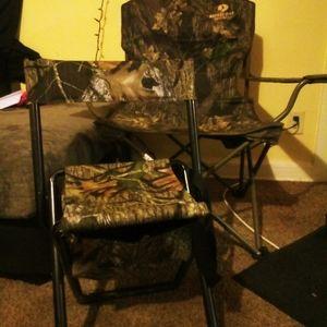 Mossy oak chairs